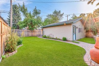 Photo 4: 1141 REGAL Crescent NE in Calgary: Renfrew Detached for sale : MLS®# A1027366