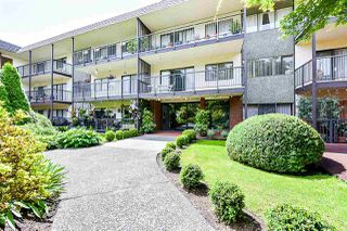 "Photo 14: 312 155 E 5TH Street in North Vancouver: Lower Lonsdale Condo for sale in ""Winchester Estates"" : MLS®# R2492920"