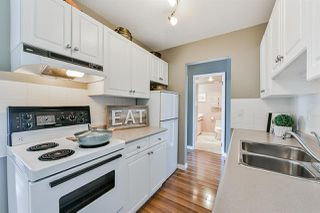 "Photo 3: 312 155 E 5TH Street in North Vancouver: Lower Lonsdale Condo for sale in ""Winchester Estates"" : MLS®# R2492920"