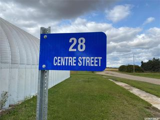 Photo 2: 28 Center Street in Baldwinton: Commercial for sale : MLS®# SK826366