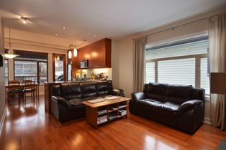 Photo 2: 854 E 14TH Avenue in Vancouver: Mount Pleasant VE House for sale (Vancouver East)  : MLS®# V933651