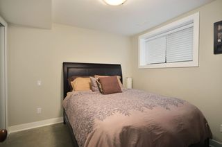 Photo 9: 854 E 14TH Avenue in Vancouver: Mount Pleasant VE House for sale (Vancouver East)  : MLS®# V933651