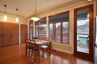 Photo 3: 854 E 14TH Avenue in Vancouver: Mount Pleasant VE House for sale (Vancouver East)  : MLS®# V933651