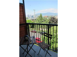 """Photo 6: 306 2142 CAROLINA Street in Vancouver: Mount Pleasant VE Condo for sale in """"WOOD DALE - MT PLEASANT"""" (Vancouver East)  : MLS®# V972400"""