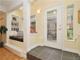Photo 3: 1446 Pembroke St in VICTORIA: Vi Fernwood Row/Townhouse for sale (Victoria)  : MLS®# 635694