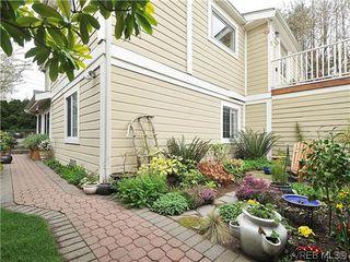 Photo 17: 1446 Pembroke St in VICTORIA: Vi Fernwood Row/Townhouse for sale (Victoria)  : MLS®# 635694