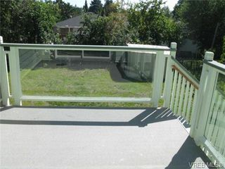 Photo 7: 235 Battleford Avenue in VICTORIA: SW Tillicum Single Family Detached for sale (Saanich West)  : MLS®# 324329