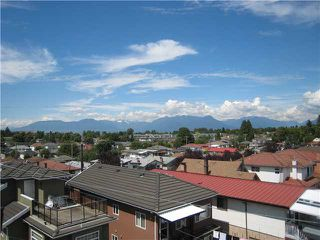 "Photo 3: 306 2973 KINGSWAY in Vancouver: Collingwood VE Condo for sale in ""MOUNTIANVIEW PLACE"" (Vancouver East)  : MLS®# V1014802"