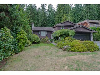Photo 1: 2591 HYANNIS Point in North Vancouver: Blueridge NV House for sale : MLS®# V1024834