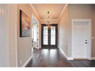 Photo 2: 2258 MADRONA Place in Surrey: King George Corridor House for sale (South Surrey White Rock)  : MLS®# F1420137