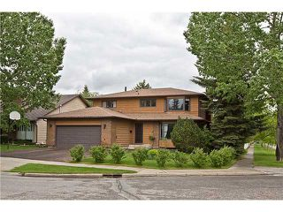 Main Photo: 311 WOODFIELD Road SW in CALGARY: Woodbine Residential Detached Single Family for sale (Calgary)  : MLS®# C3632359