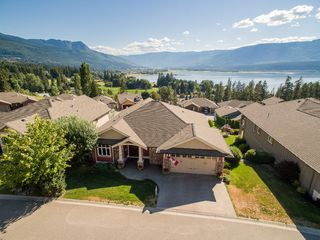 Photo 1: 31 2990 Northeast 20 Street in Salmon Arm: The Uplands House for sale (NE Salmon Arm)  : MLS®# 10102161