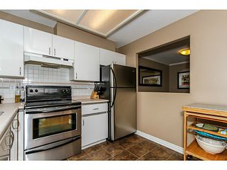 Photo 1: # 303 2357 WHYTE AV in Port Coquitlam: Central Pt Coquitlam Condo for sale : MLS®# V1123939