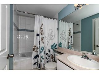 Photo 8: # 303 2357 WHYTE AV in Port Coquitlam: Central Pt Coquitlam Condo for sale : MLS®# V1123939