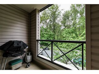 Photo 9: # 303 2357 WHYTE AV in Port Coquitlam: Central Pt Coquitlam Condo for sale : MLS®# V1123939