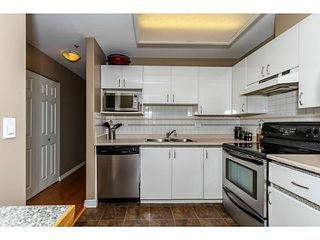 Photo 2: # 303 2357 WHYTE AV in Port Coquitlam: Central Pt Coquitlam Condo for sale : MLS®# V1123939