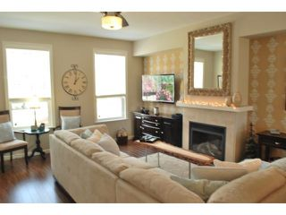 Photo 8: 6942 208a St. in Langley: Willoughby Heights Townhouse for sale : MLS®# F1437901