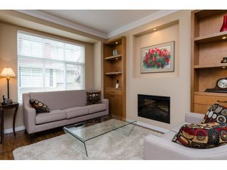 Photo 3: 20 3009 156 STREET in Surrey: Grandview Surrey Townhouse for sale (South Surrey White Rock)  : MLS®# R2000875