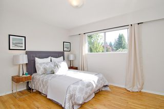 Photo 8: 3296 INSTITUTE ROAD in North Vancouver: Lynn Valley House for sale : MLS®# R2060124