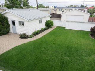 Photo 3: 11 Kirby Drive in Winnipeg: Single Family Detached for sale (Heritage Park)  : MLS®# 1614573