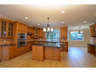 Photo 7: Coquitlam: Condo for sale : MLS®# R2081735
