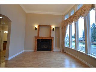 Photo 5: Coquitlam: Condo for sale : MLS®# R2081735