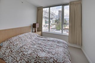 Photo 10: 702 33 SMITHE STREET in Vancouver: Yaletown Condo for sale (Vancouver West)  : MLS®# R2103455