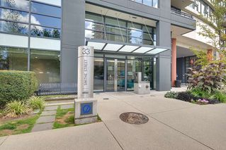 Photo 3: 702 33 SMITHE STREET in Vancouver: Yaletown Condo for sale (Vancouver West)  : MLS®# R2103455