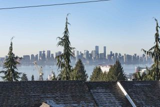 Photo 17: 275 E 5TH STREET in North Vancouver: Lower Lonsdale Townhouse for sale : MLS®# R2332474