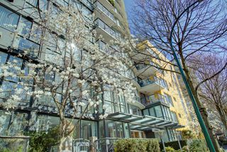 Photo 5: 1485 West 6th Ave in Vancouver: Condo for sale