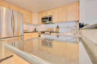 Photo 10: 1485 West 6th Ave in Vancouver: Condo for sale