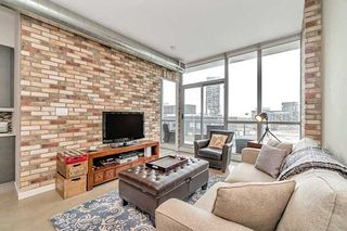 Main Photo: Ph-817 510 E King Street in Toronto: Moss Park Condo for lease (Toronto C08)  : MLS®# C4524640