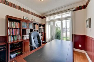 Photo 3: 11572 15 Avenue in Edmonton: Zone 16 House for sale : MLS®# E4171663