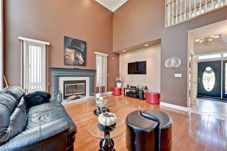 Photo 4: 11572 15 Avenue in Edmonton: Zone 16 House for sale : MLS®# E4171663
