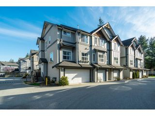 "Main Photo: 34 12677 63 Avenue in Surrey: Panorama Ridge Townhouse for sale in ""SUNRIDGE ESTATES"" : MLS®# R2404859"