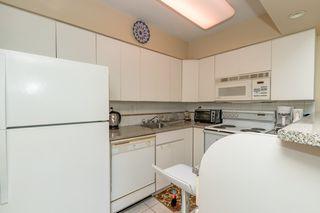 "Photo 8: 301 1425 ESQUIMALT Avenue in West Vancouver: Ambleside Condo for sale in ""OCEANBROOK"" : MLS®# R2435961"