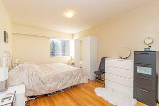 "Photo 10: 301 1425 ESQUIMALT Avenue in West Vancouver: Ambleside Condo for sale in ""OCEANBROOK"" : MLS®# R2435961"