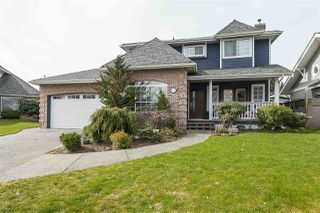 Main Photo: 18860 63A Avenue in Surrey: Cloverdale BC House for sale (Cloverdale)  : MLS®# R2445604