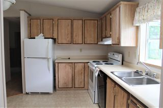 """Photo 17: 96 145 KING EDWARD Street in Coquitlam: Maillardville Manufactured Home for sale in """"MILL CREEK VILLAGE"""" : MLS®# R2458154"""