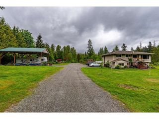 Photo 2: 30039 DEWDNEY TRUNK Road in Mission: Stave Falls House for sale : MLS®# R2458346