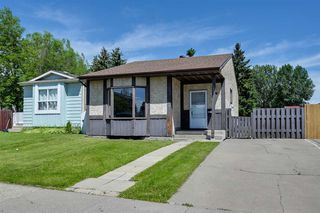 Photo 1: 2608 145A Avenue in Edmonton: Zone 35 House Half Duplex for sale : MLS®# E4201590