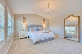 Photo 18: 28 Mount Rae Heights: Okotoks Detached for sale : MLS®# C4302078