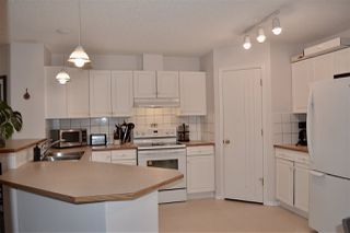 Photo 3: 26 11717 9B Avenue in Edmonton: Zone 16 Townhouse for sale : MLS®# E4213916
