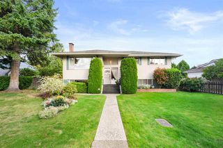 Main Photo: 9710 129 Street in Surrey: Cedar Hills House for sale (North Surrey)  : MLS®# R2501697