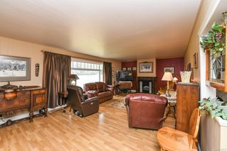 Photo 12: 5308&5318 Headquarters Rd in : CV Courtenay North House for sale (Comox Valley)  : MLS®# 856915