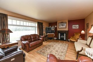 Photo 11: 5308&5318 Headquarters Rd in : CV Courtenay North House for sale (Comox Valley)  : MLS®# 856915