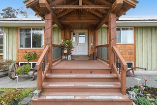 Photo 2: 5308&5318 Headquarters Rd in : CV Courtenay North House for sale (Comox Valley)  : MLS®# 856915