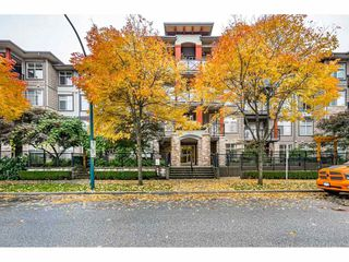 "Photo 2: 101 2336 WHYTE Avenue in Port Coquitlam: Central Pt Coquitlam Condo for sale in ""CENTRE POINTE"" : MLS®# R2510122"
