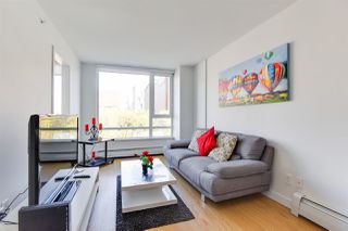 """Photo 6: 716 188 KEEFER Street in Vancouver: Downtown VE Condo for sale in """"188 Keefer"""" (Vancouver East)  : MLS®# R2511640"""