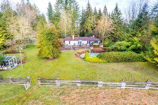 Photo 1: 27970 110 Ave in Maple Ridge: Whonnock House for sale : MLS®# R2498720